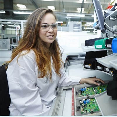 What's it really like to be... an apprentice engineer at Siemens?